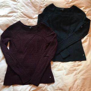 2 Women's American Eagle Sweaters
